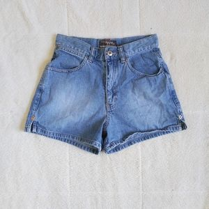 GAP Special Edition 90s High Rise Shorts